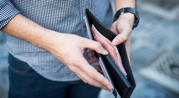 Blisko jedna czwarta Polaków nie ma oszczędności
