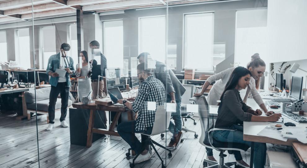 Sektor usług biznesowych w Polsce jest branżą, która najszybciej dostosowuje się do zmieniającej się rzeczywistości, stanowiąc istotny element stymulujący gospodarkę (Fot. Shutterstock)