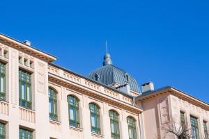 Zajęcia na uczelni w semestrze letnim nadal online