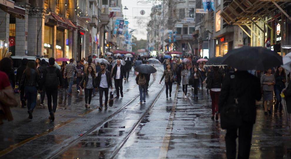 Dochód gwarantowany - sposób na kryzys, parasol socjalny, czy wsparcie lenistwa?