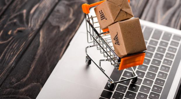 E-commerce w górę. Specjaliści poszukiwani, rosną płace i wymagania