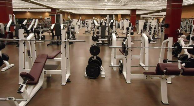 Sanepid: Siłownie i kluby fitness otwarte zgodnie z prawem