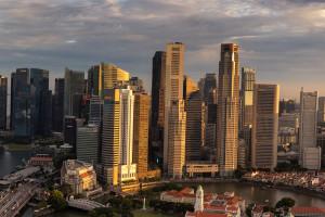 Singapur wysysa biznes z Hongkongu. To tam ciągną miliarderzy