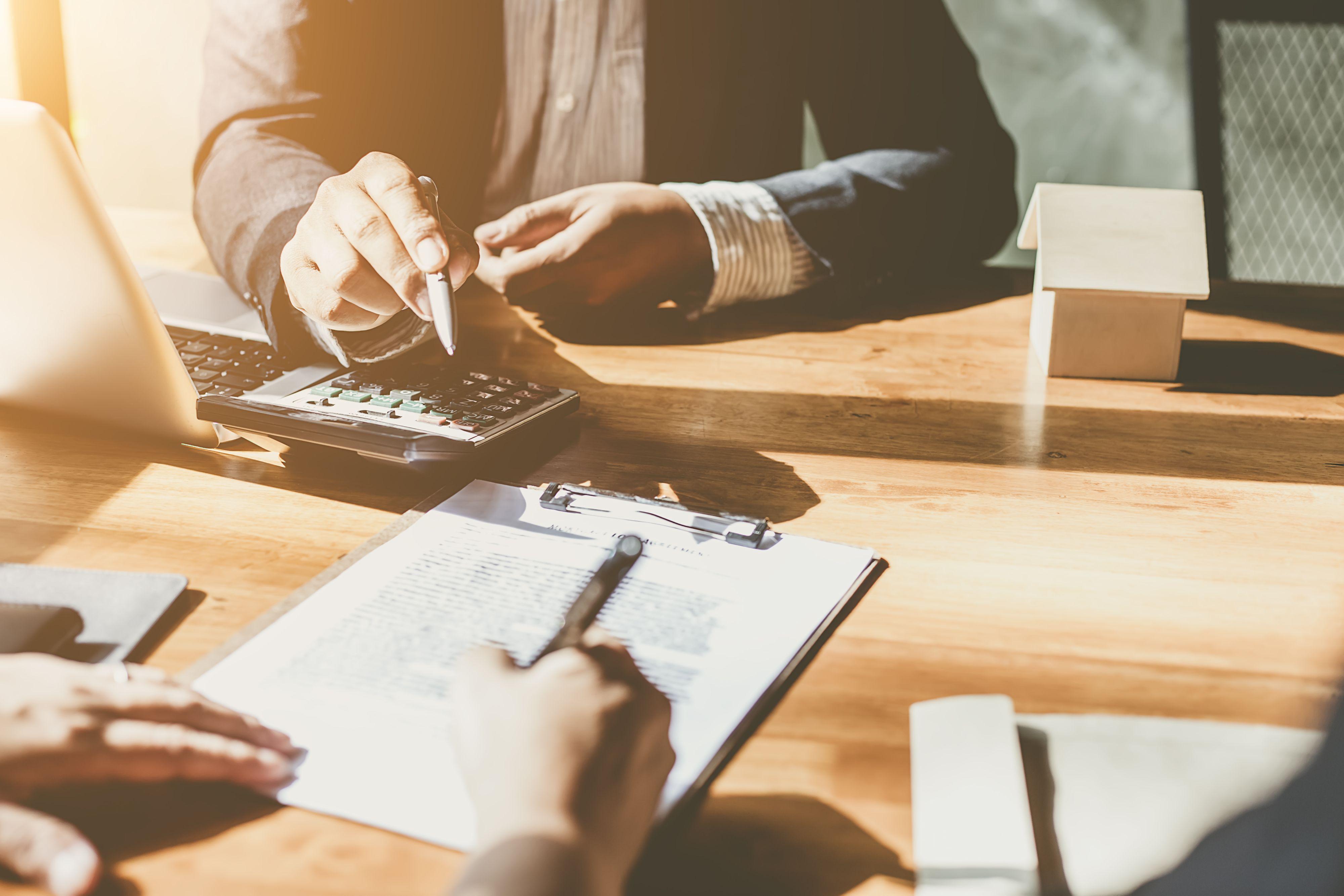 W bankowości obserwowana jest stabilizacja wynagrodzeń, a pracodawcy są zdecydowanie mniej skłonni odpowiadać na presję płacową (Fot. Shutterstock)