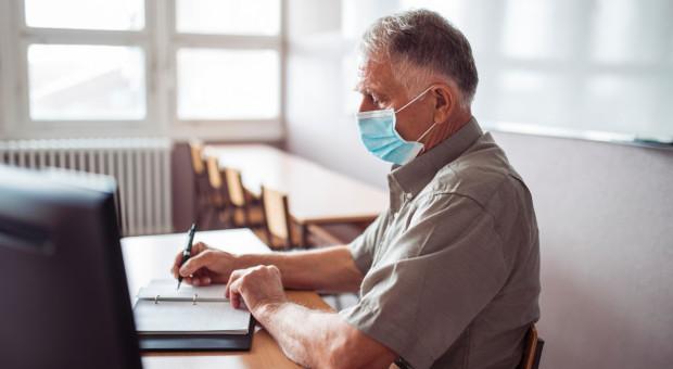 Od 2 marca zapisy na szczepienia dla nauczycieli do 69 lat