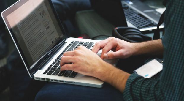 Ruszył bezpłatny serwis e-learningowy dla przedsiębiorców