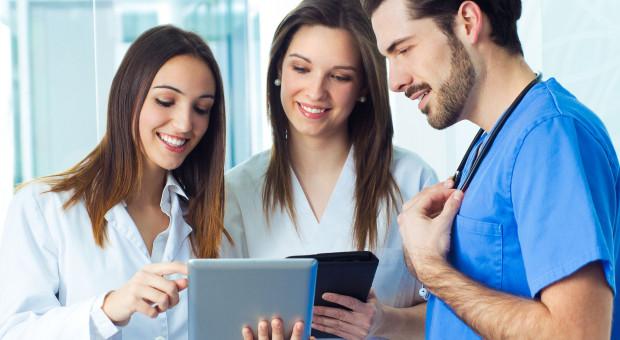 Personel medyczny zostanie przeszkolony m.in. z praw pacjenta