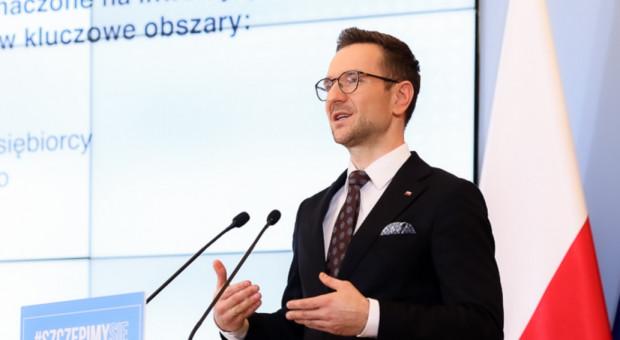 Buda: Dzięki przekształceniu OFE pieniądze trafią do portfeli Polaków