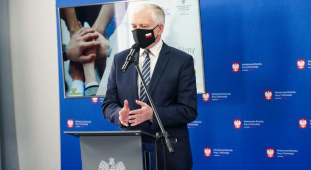 Gowin: Pracujemy nad mechanizmem wsparcia firm z Warmińsko-Mazurskiego