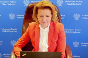 Socha: Powinniśmy zwiększyć wsparcie dla kobiet, które chcą wrócić do pracy