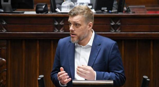 Zandberg: Chcemy dać inspektorom pracy nowe uprawnienia