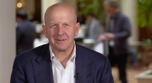 """Analitycy Goldman Sachs skarżą się na """"nieludzkie"""" warunki pracy"""