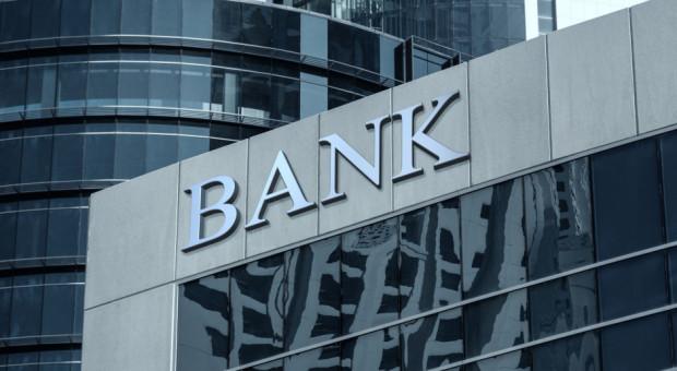 Ludzie boją się masowych zwolnień w bankach