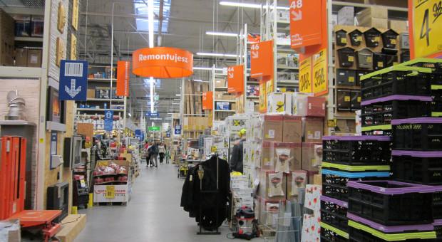 Handlowcy apelują o otwarcie wielkopowierzchniowych sklepów budowlanych i meblowych