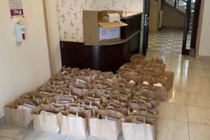 Ponad 300 paczek od Fundacji PGE dla seniorów