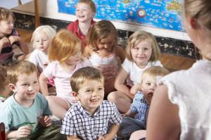 Związkowcy upominają się o przedszkolanki i pracowników szkół