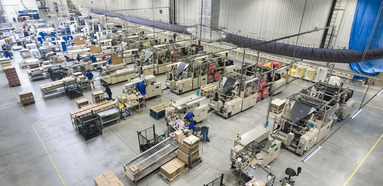 W Cedo panie stanowią niemal 50 proc. wszystkich pracowników, a ich średni staż pracy wynosi 5,8 lat (Fot. Cedo)
