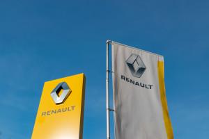 Awantura w Renault. Kierownictwo uwięzione w fabryce