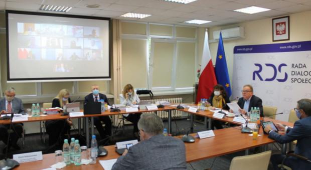 Pracodawcy i związkowcy chcą wzmocnić dialog społeczny w KPO