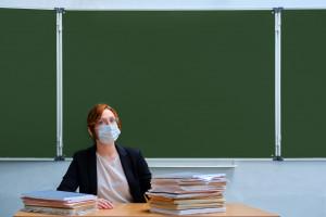 MEiN: Wyrażanie przez nauczycieli przekonań nie będzie stanowiło przewinienia dyscyplinarnego