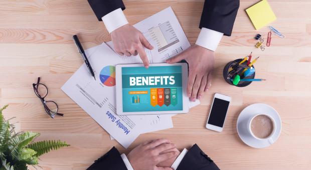 Pracodawcy coraz bardziej hojni. Benefity wracają do łask