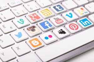 Co drugi kandydat szuka pracy w mediach społecznościowych
