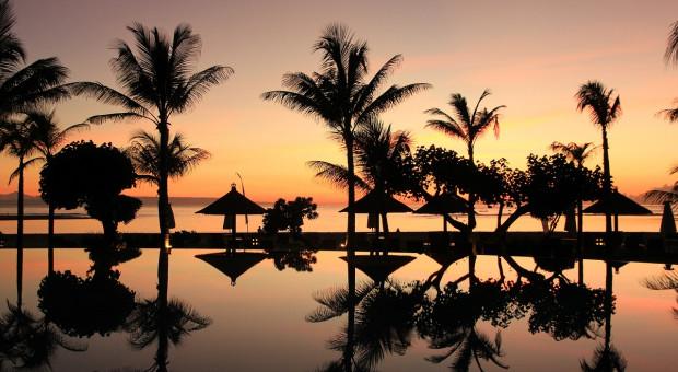 Przeniosą urzędników na Bali, by pomóc gospodarce