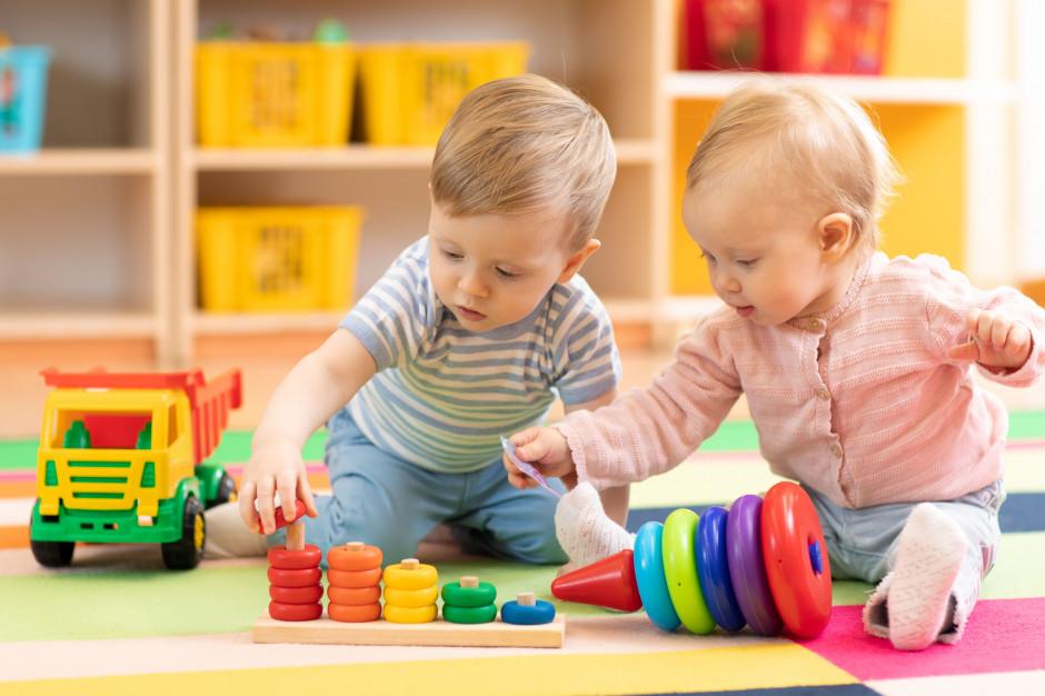 Polskie dzieci rzadziej od swoich europejskich rówieśników uczęszczają do żłobków i przedszkoli (Fot. Shutterstock)