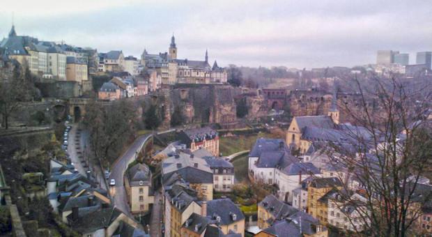 Płaca minimalna w Luksemburgu jest dwa razy wyższa niż średnie zarobki w Polsce