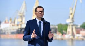 """Premier chwali politykę społeczną PiS. """"Zapraszam do Polski"""""""