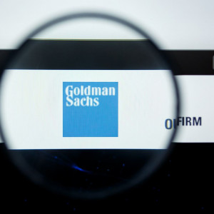 Znany bank mówi jasno: chcesz wrócić do biura? Pokaż, czy się szczepiłeś