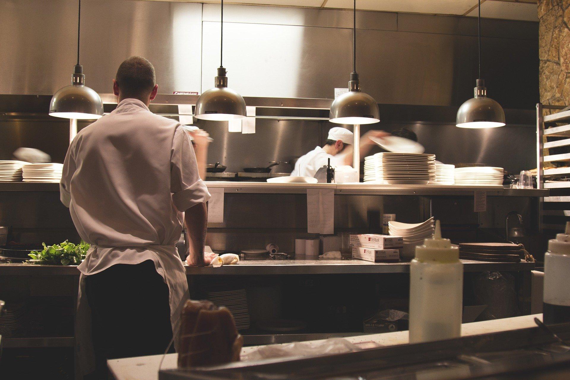 W gastronomii mamy braki kadrowe na rynku pracy (Fot. Pixabay)