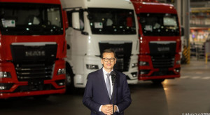 Premier: Przemysł samochodowy daje setki tysięcy miejsc pracy