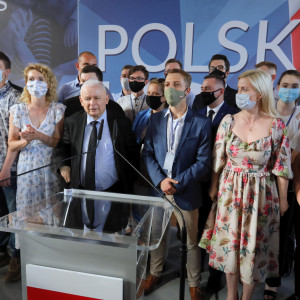 Kaczyński o wyrównywaniu płac kobiet i mężczyzn w Polskim Ładzie