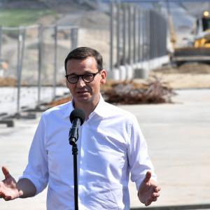 """Premier zapowiada nowe miejsca pracy od granicy do granicy. """"Tysiące możliwości"""""""