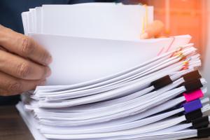 Ujawniono raporty płatnicze największych firm. Sporo zaległości
