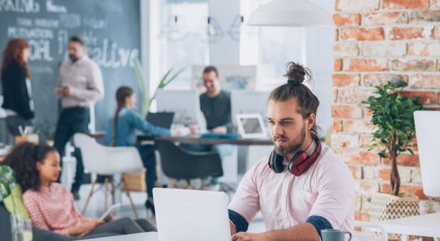 Młodzi chcą prowadzić własny biznes, ale niekoniecznie z rodzicami