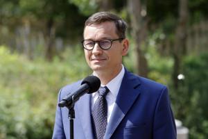 """Zdaniem premiera rynek pracy jest w dobrej formie dzięki """"Polskiemu Ładowi"""""""