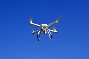 Myślisz, że to tylko dron, a to kontrola. Trzeba będzie mieć się na baczności