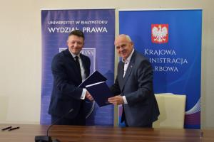Uniwersytet w Białymstoku zaczyna współpracę z Izbą Skarbową