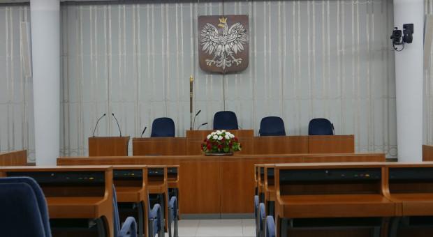 PiS chce powiązać płace polityków z wynagrodzeniami Polaków