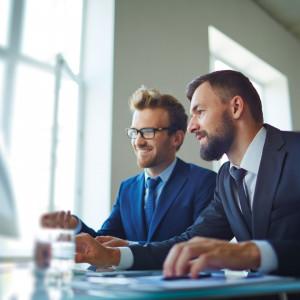 W firmach rośnie optymizm. Pracy zdalnej jest coraz mniej