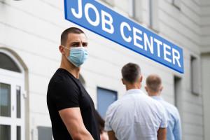 """Agencje zatrudnienia rozkwitają. """"Elastyczność jest dziś w cenie bardziej niż kiedykolwiek"""""""