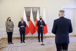 Prezydent wręczył Gowinowi odwołanie z funkcji wicepremiera oraz ministra