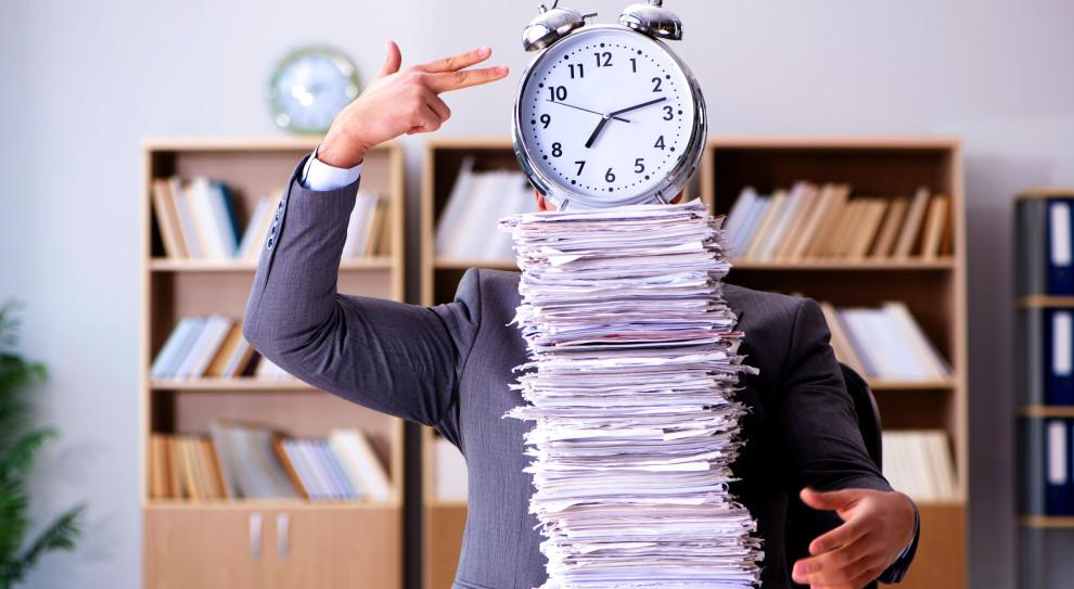 Wykonywanie obowiązków na czas to niewątpliwie bardzo istotna cecha ceniona przez pracodawców (Fot. Shutterstock)