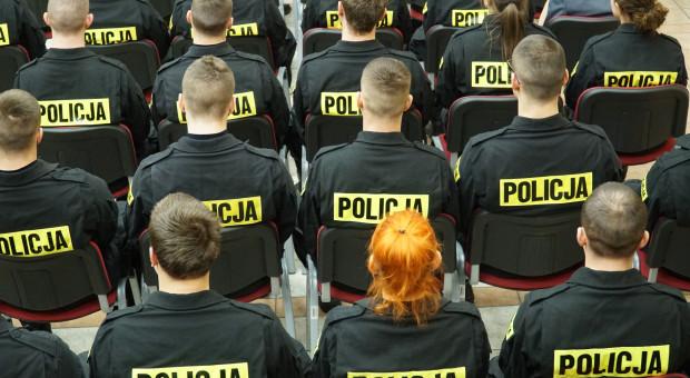 """Nowa forma protestu """"niemoralna"""", ale skuteczna. """"Drwina z instytucji państwa"""""""
