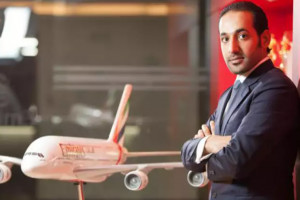 Przetasowania kadrowe w liniach lotniczych Emirates