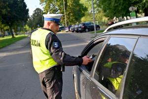 Policjanci dogadali się z rządem w sprawie pensji