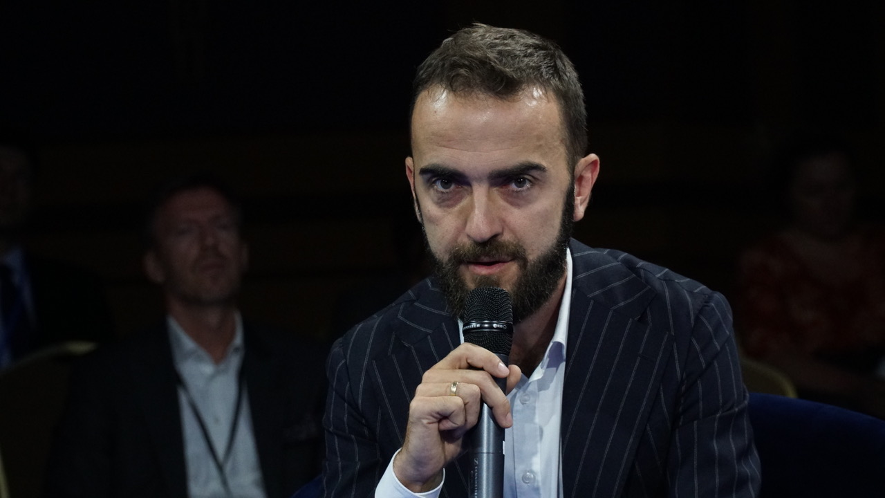 Michał Bryszewski, dyrektor działu zarządzania nieruchomościami Savills