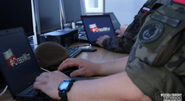 Terytorialsi będą szkolić pracowników gmin ze strefy objętej stanem wyjątkowym m.in. z zakresu cyberbezpieczeństwa